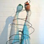 scultura ceramica maiolica BACIO