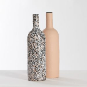 bottiglie ceramica - granito e pesca - eva mun