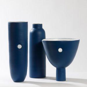 vasi e bottiglie ceramica - classic blue pantone - eva mun
